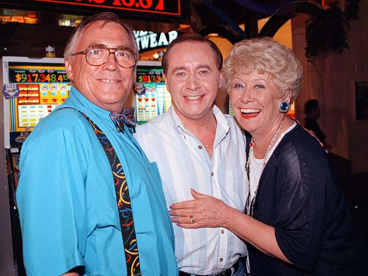 Jack (left) and Vera Duckworth (Bill Tarmey and Liz Dawn) with Street veteran Ray Langton (actor Neville Buswell)