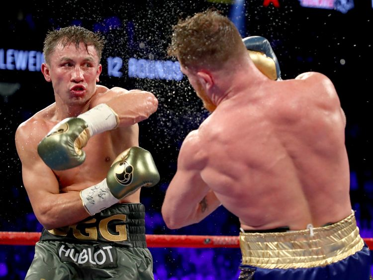 Golovkin pressured his opponent constantly but Alavrez scored the more eye-catching shots