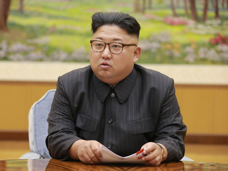Kim Jong Un met an envoy from the South after warming relations between the countries