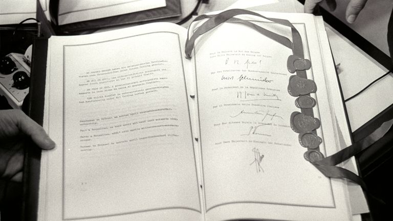 Merger Treaty signed in 1965 Credit: European Commission