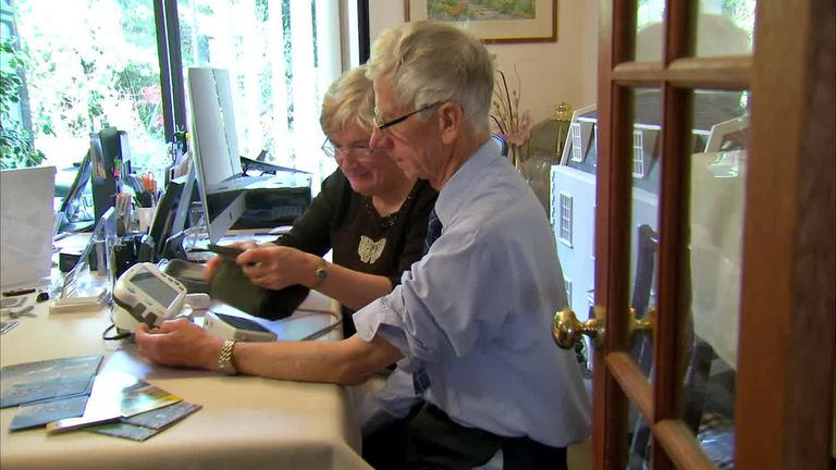 Marion and John Edwards test some new tech