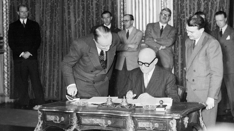 Robert Schuman signs the Treaty of Paris in 1951