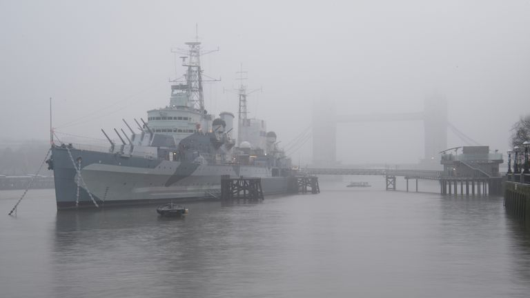 ONDON, UNITED KINGDOM - JANUARY 23: Thick fog envelops Tower Bridge, seen to the right of HMS Belfast, on January 23, 2017 in London, United Kingdom. Around 100 flights from airports around London have been cancelled due to the thick freezing fog covering the south of England. (Photo by Leon Neal/Getty Images)
