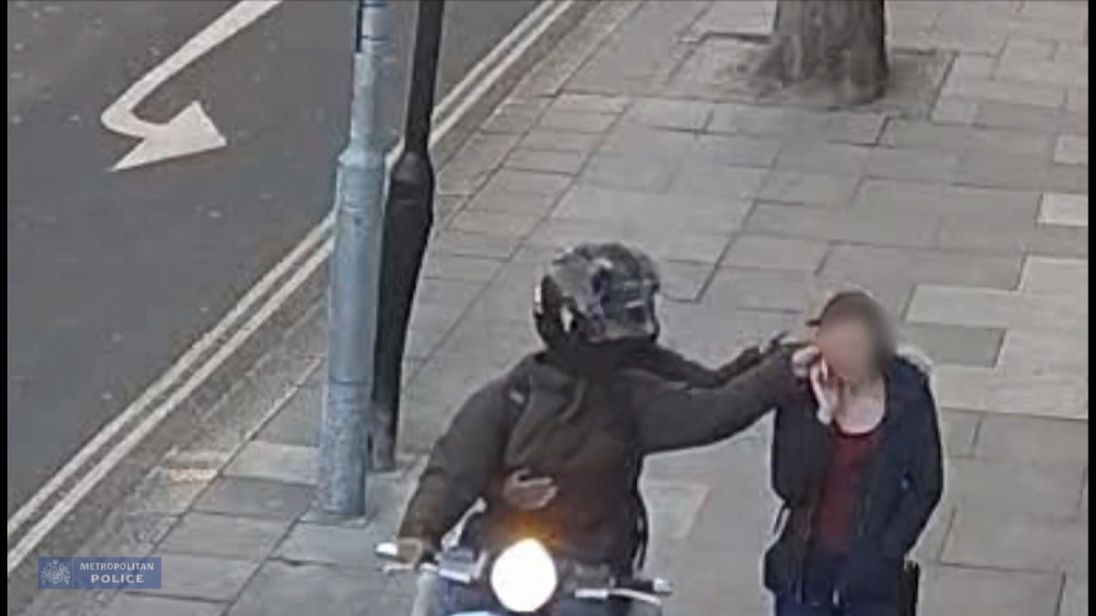 London moped gang jailed for total exceeding 18 years