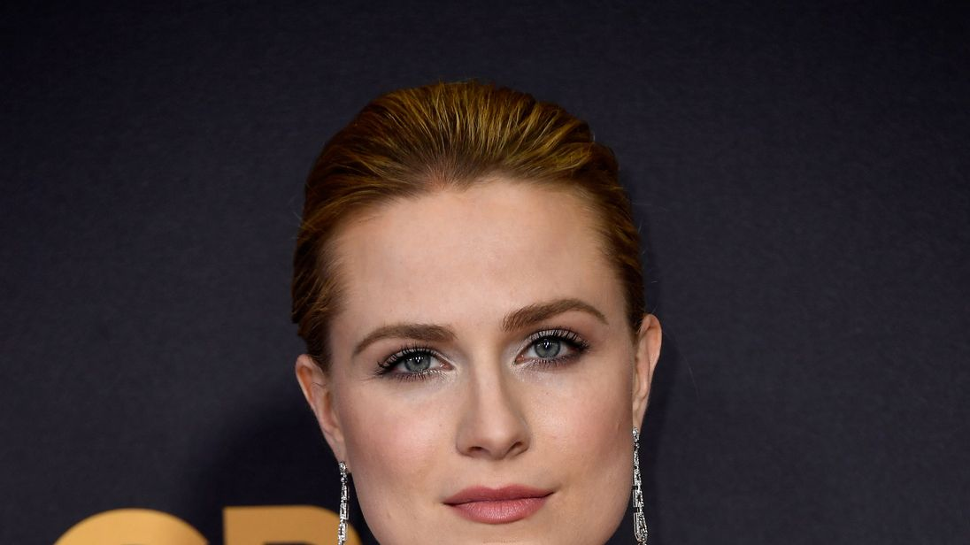 LOS ANGELES, CA - SEPTEMBER 17: Actor Evan Rachel Wood attends the 69th Annual Primetime Emmy Awards at Microsoft Theater on September 17, 2017 in Los Angeles, California. (Photo by Frazer Harrison/Getty Images)
