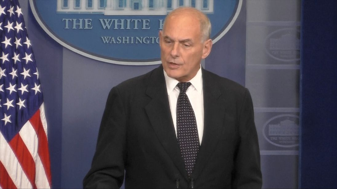 White House Chief of Staff John Kelly says Barack Obama did not call him when his son was killed in action