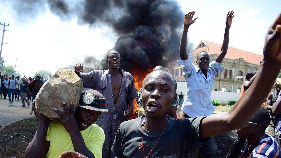 Supporters of National Super Alliance (NASA) presidential candidate Raila Odinga demonstrate in Kisumu