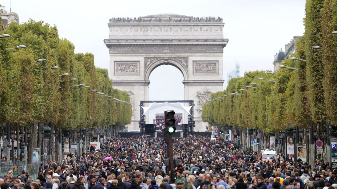 Paris Goes Car-Free For A Day