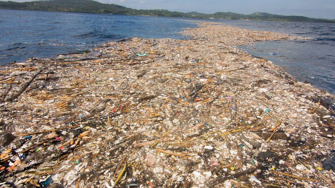 honduras blames guatemala for creating environmental disaster