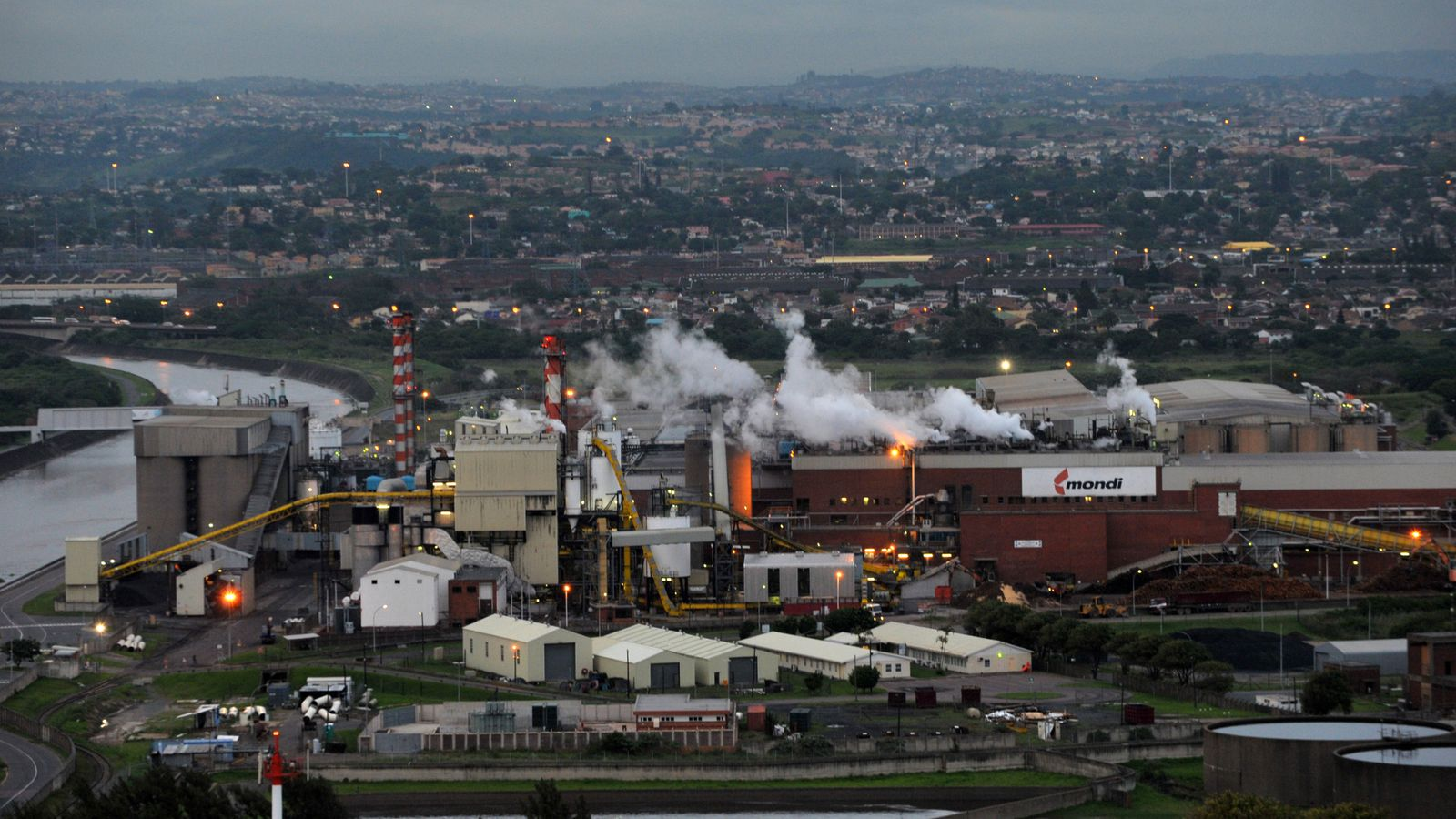 mondi profit warning sees shares in paper and packaging
