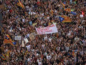 Protest outside police station in Barcelona