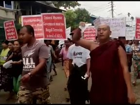 Buddhists protest against Rohingya