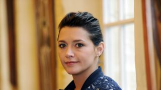 French actress Emma De Caunes poses during a presentation of the film 'Les chateaux de sable' at the Gantois Hotel in Lille on March 24, 2015. AFP PHOTO / FRANCOIS LO PRESTI (Photo credit should read FRANCOIS LO PRESTI/AFP/Getty Images)