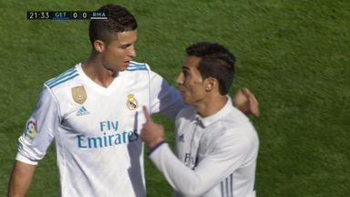 'Fake Ronaldo' invades pitch