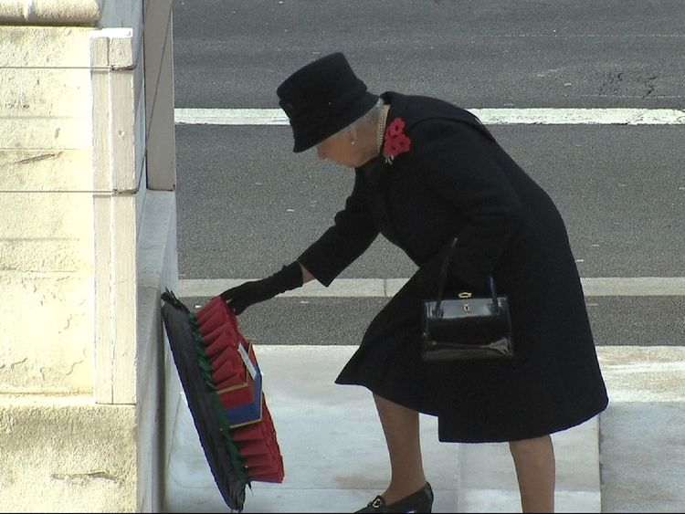 CE grab of shot of Queen in 2016 as has asked Charles to put wreath for her at age of 91.