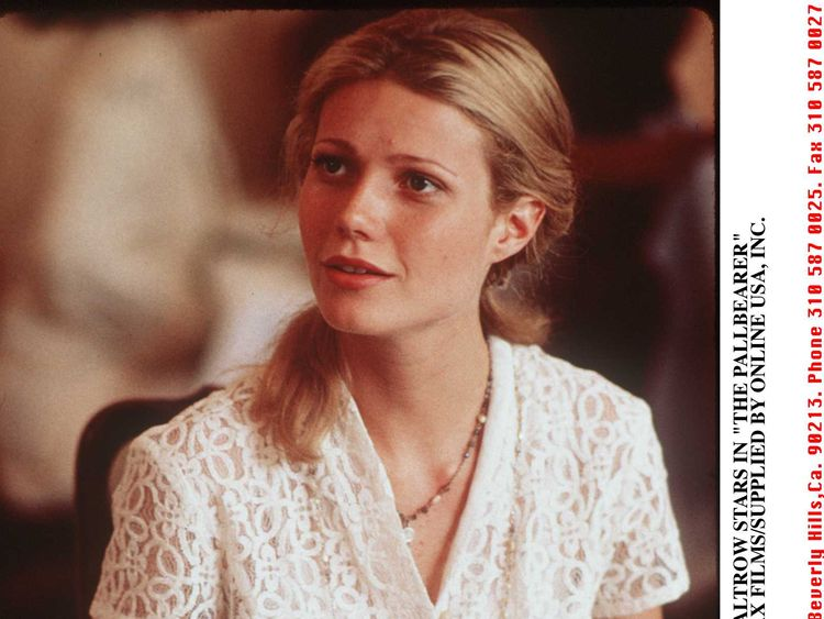 1996 GWYNETH PALTROW STARS IN 'THE PALLBEARER' 1996 GWYNETH PALTROW STARS IN 'THE PALLBEARER'