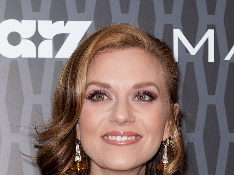 Hilarie Burton says Ben Affleck 'tweaked her left boob' when he appeared on MTV's Total Request Live