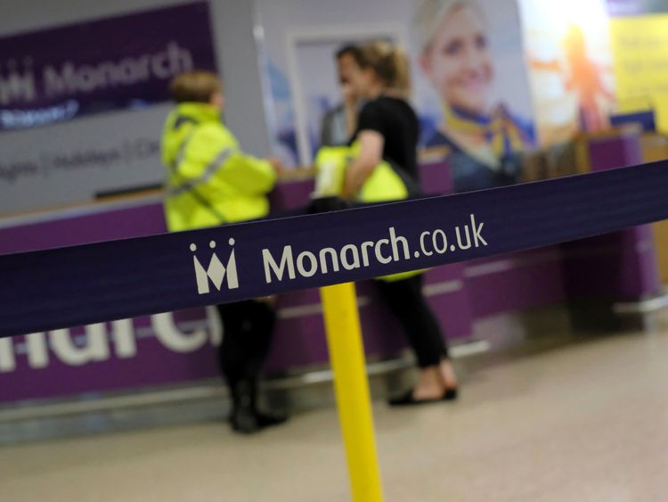 Monarch engineers scramble for rescue deal