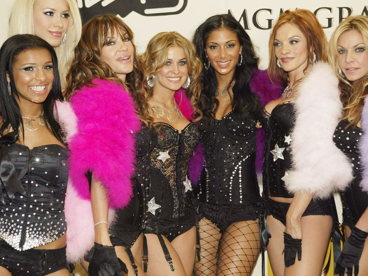 Kaya Jones (second from left) with the Pussycat Dolls in 2004