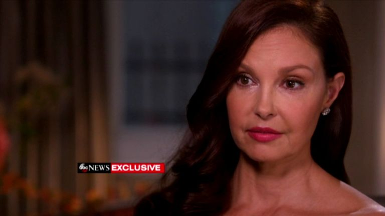 Actress Ashley Judd says she 'made a deal' with Harvey Weinstein to avoid his alleged advances
