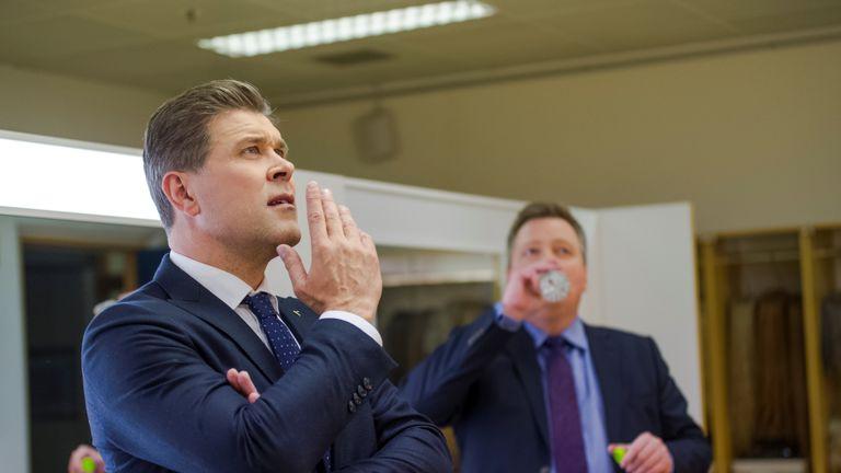 Bjarni Benediktsson with former leader Sigmundur David Gunnlaugsson