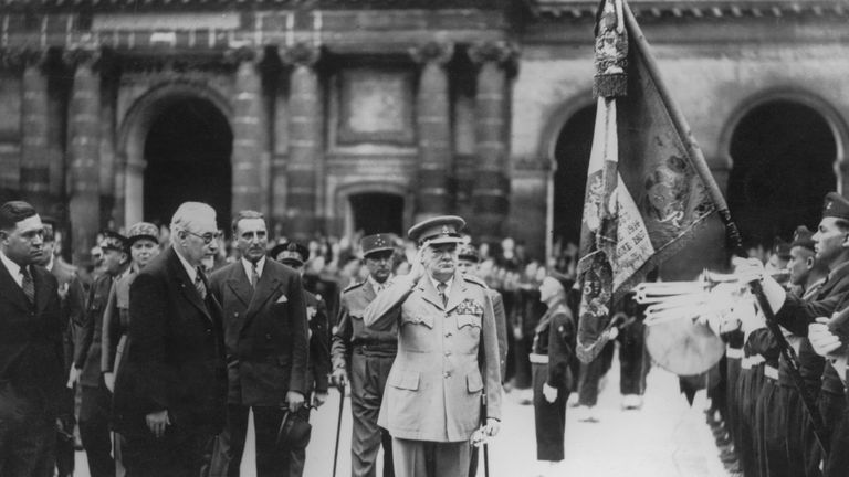 Churchill was honoured with the Medaille Militaire during the trip to Paris
