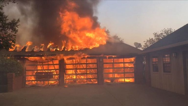 Wildfires in California destroy hotels and houses