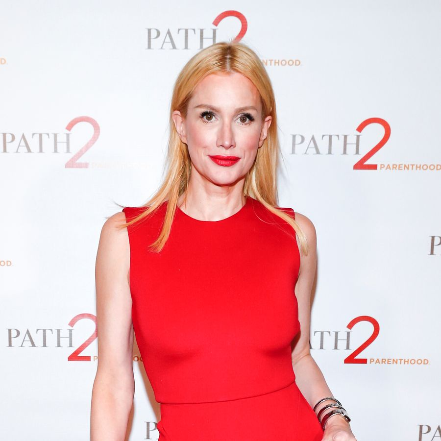 BEVERLY HILLS, CA - APRIL 15: Alice Evans arrives at Path2Parenthood - Illuminations LA 2016 at The Four Seasons Hotel on April 15, 2016 in Beverly Hills, California. (Photo by Rich Polk/Getty Images for Path2Parenthood )