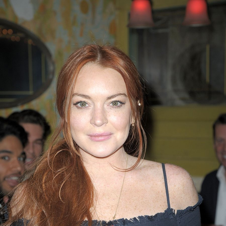 NEW YORK, NY - FEBRUARY 13: Lindsay Lohan attends Love X Fashion X Art by Domingo Zapata at The Box on February 13, 2017 in New York City. (Photo by Chance Yeh/Getty Images)