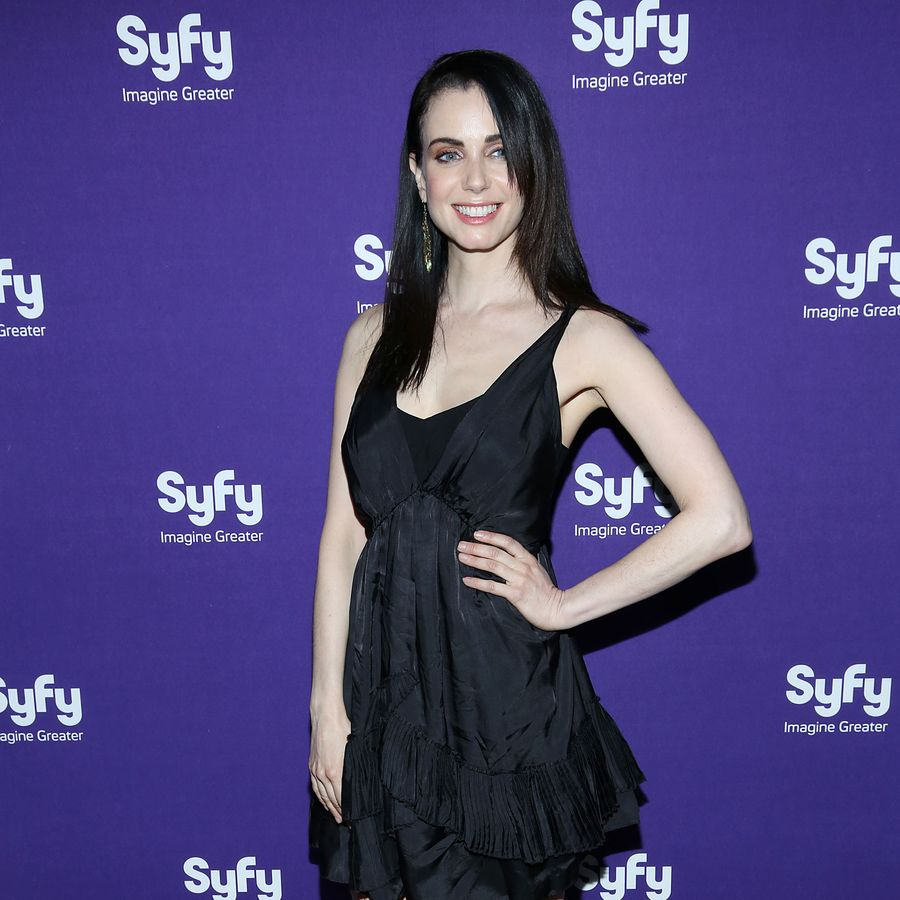 NEW YORK, NY - APRIL 10: Mia Kirshner of 'Defiance' attends Syfy 2013 Upfront at Silver Screen Studios at Chelsea Piers on April 10, 2013 in New York City. (Photo by Rob Kim/Getty Images)