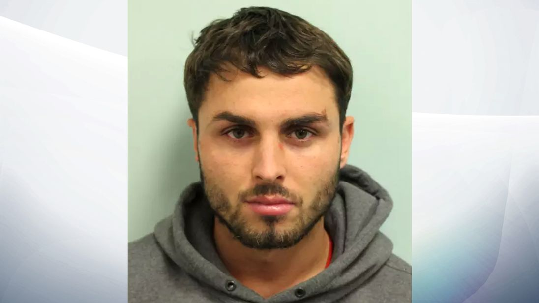 Arthur Collins given longer sentence for smuggling phone into jail