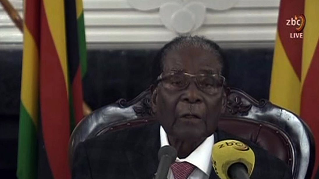 Zimbabwe's ruling party expected to sack Mugabe today
