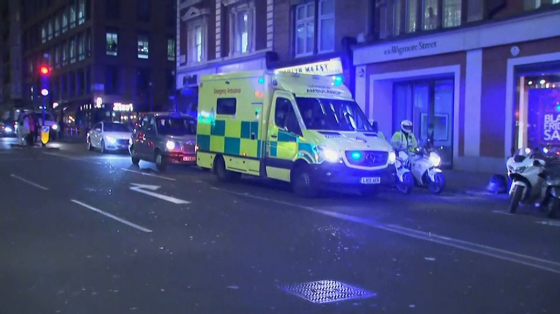 16 hurt fleeing false terror alert in London's Oxford Street shopping