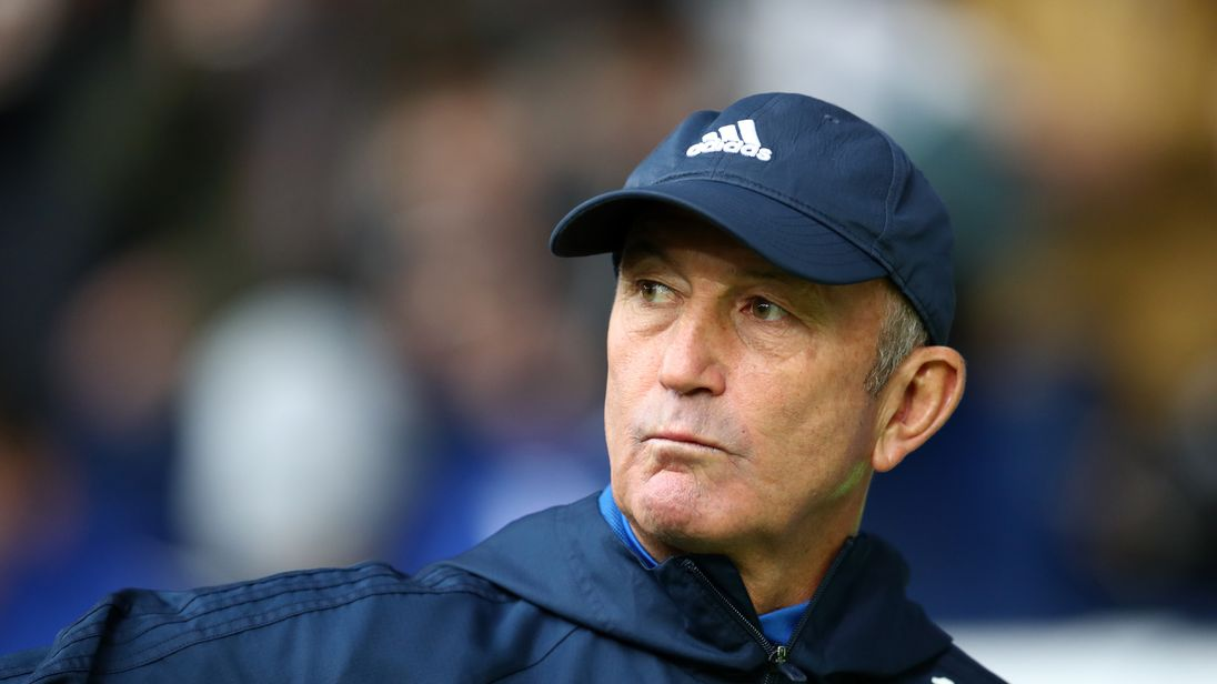 Tony Pulis aims for a rapid return to management