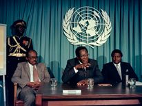 1988: Mugabe speaks to the press at the United Nations about the Africa Prize for Leadership which he will receive in New York