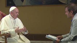 Pope admits he sometimes falls asleep when he prays