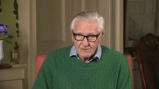 Lord Heseltine says May leaving is not the right option and a leadership battle would  be 'madness'