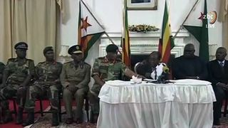 Robert Mugabe fails to quit in national address
