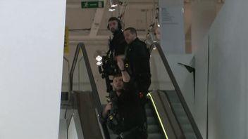 Armed police were seen entering Selfridges, the London department store