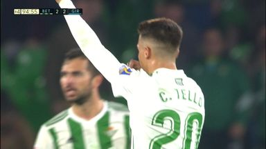 Crazy final minute at Betis!