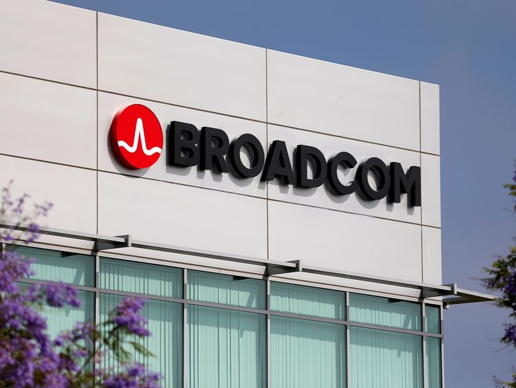 Broadcom offers to buy Qualcomm in $130bn deal