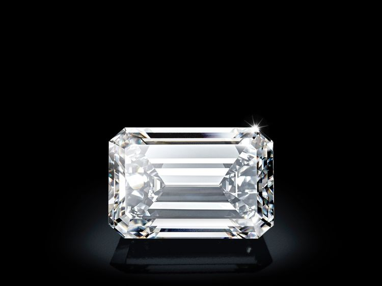 Dlawless 163-carat diamond fetches $49.4 million in Geneva auction