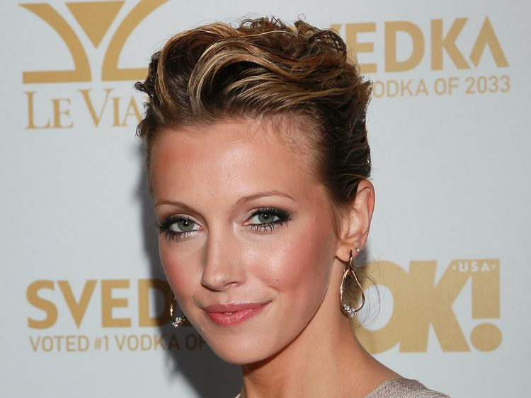 Katie Cassidy Breaks Silence, Shares Dad David's Last Words