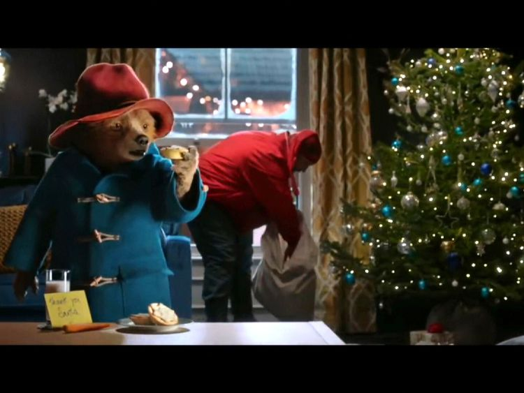 Paddington ends up helping save Christmas