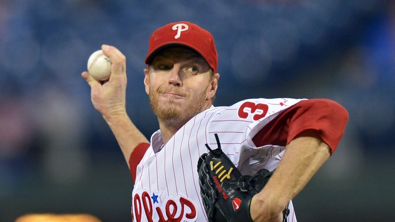 The US sports world has expressed condolences on the death of Mr Halladay