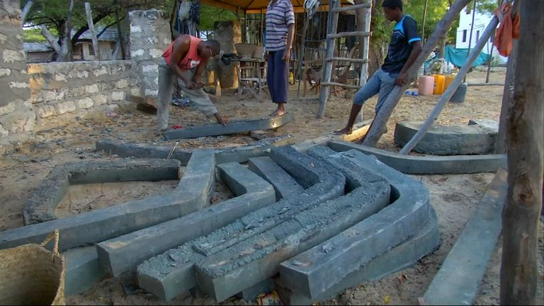 Kenyan boat builders make vessels from recycled plastic collected on their own beaches