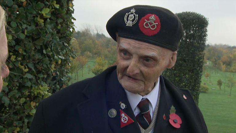 Second World War veteran Les Cherrington  was badly injured in Tunisia