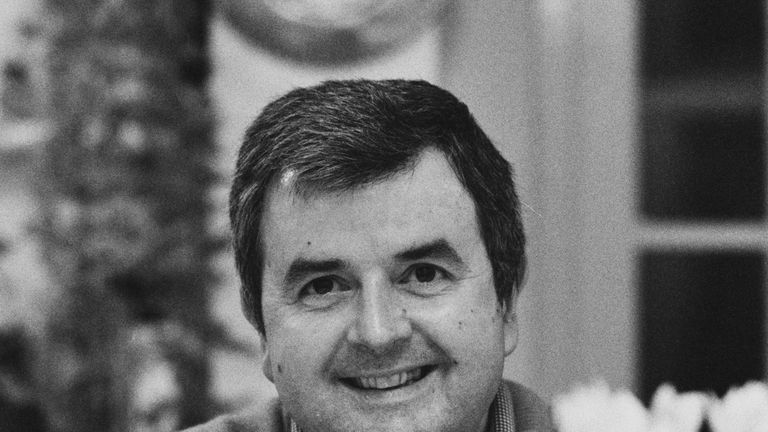 Rodney Bewes