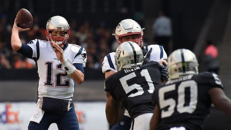 b4195aa50 New England Patriots 33-8 Oakland Raiders  Tom Brady throws three TDs in  road win in Mexico