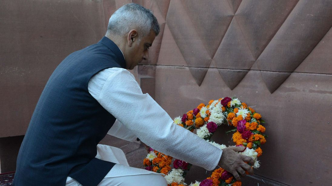 Sadiq Khan lays a wreath at the Jallianwala Bagh massacre memorial in Amritsar
